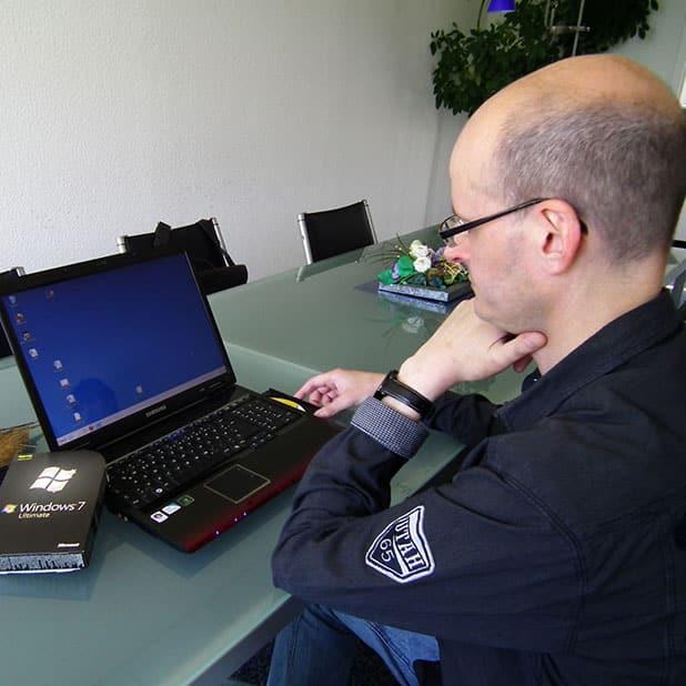 Viele Rechner arbeiten noch mit dem Betriebssystem Windows XP. Spätestens wenn im Frühjahr 2014 der Support dafür beendet wird, sollten Nutzer auf aktuellere Alternativen umgestiegen sein. Foto: djd/Mindfactory.de