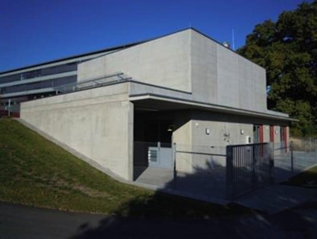 Bildbeschreibung: Batterie-Testgebäude am Fraunhofer ICT.