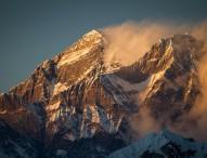 Deutsche Expeditionsfilmer produzieren die weltweit ersten 4K-Bilder vom höchsten Punkt der Erde – Panasonic liefert die Technik