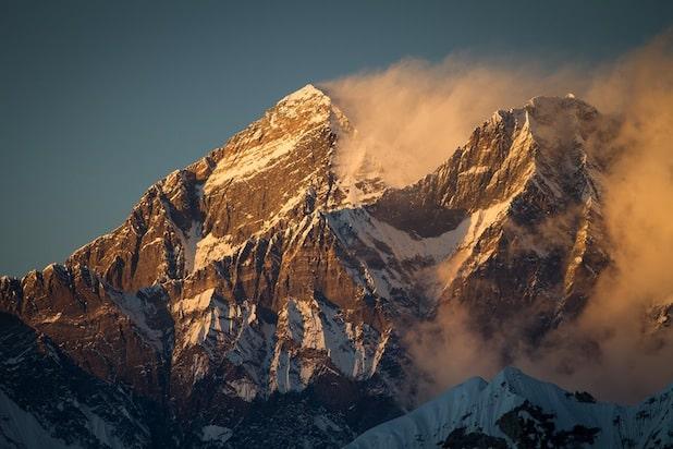 Photo of Deutsche Expeditionsfilmer produzieren die weltweit ersten 4K-Bilder vom höchsten Punkt der Erde – Panasonic liefert die Technik