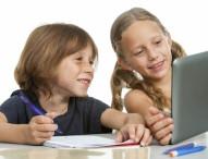 Sicher surfen: Wie Eltern ihre Kinder vor Gefahren im Internet schützen können