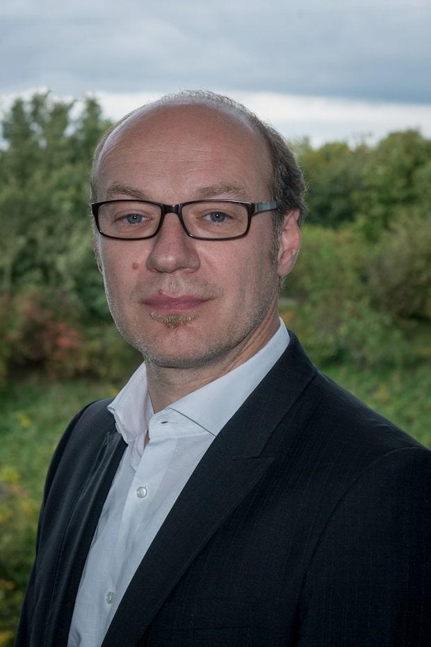 Photo of Axel Inhoffen ist neuer Vertriebsleiter für Epson Projektoren