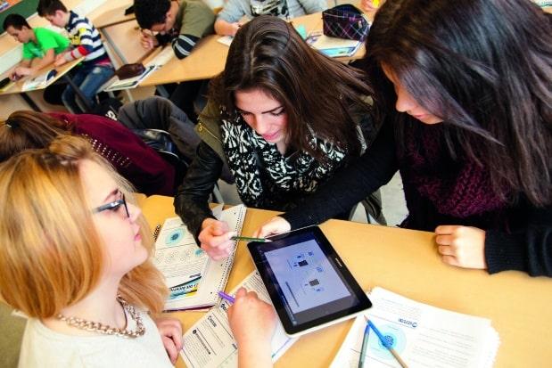 """Photo of Bildung """"to go"""": Mobiles Lernen in Schule, Beruf und Freizeit"""