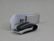 Hardware-verschlüsselter USB-Stick als mobiler Passwort-Speicher