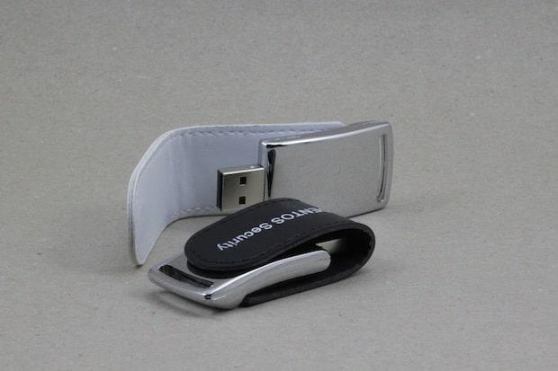Photo of Hardware-verschlüsselter USB-Stick als mobiler Passwort-Speicher