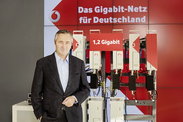 Photo of Auf dem Weg zu 5G: Vodafone zeigt Deutschlands erstes Gigabit Mobilfunknetz