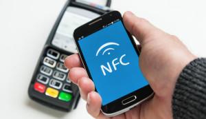Bezahlen mit dem Smartphone: Werden unsere Geldbörsen bald überflüssig?