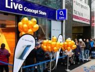 Lange Schlange für Samsung Galaxy S7 und Samsung Galaxy S7 edge in den O2 Shops