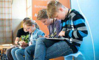Kinder in sozialen Netzwerken begleiten