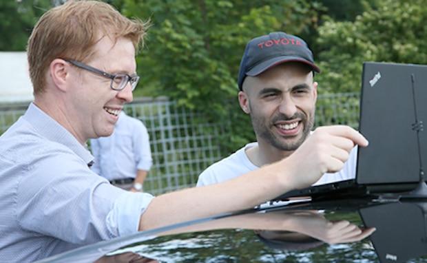 Photo of Vernetzte Fahrzeuge treffen auf Kommunikationstechnologie der nächsten Generation