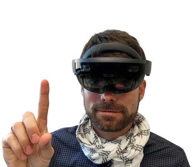 Photo of Next Conference 2016: Innovationsdienstleister Zühlke präsentiert Anwendungen für die Microsoft HoloLens