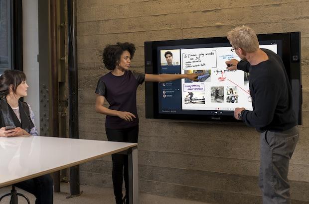Photo of Windows 10 Anniversary Update für Surface Hub verfügbar