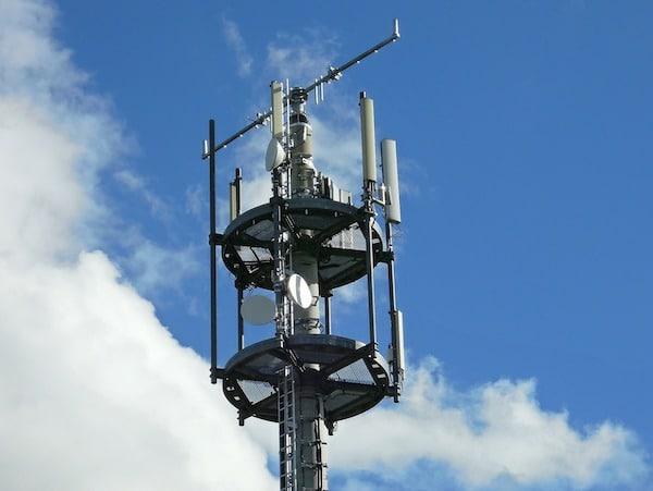 Photo of Vodafone, Bosch und Huawei verhindern Unfälle dank intelligentem Mobilfunk