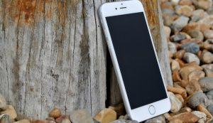 Fast jeder dritte Mobilfunkvertrag ist älter als drei Jahre und damit oft zu teuer