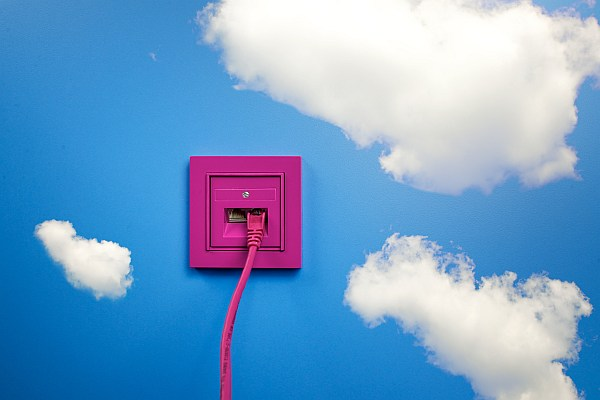 Photo of Großauftrag: British American Tobacco geht mit Deutscher Telekom in die Cloud
